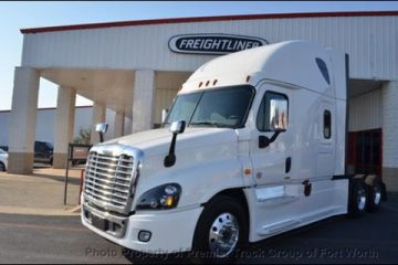 Prime-Inc-Trucking-Review-of-the-Automatic-2017-Freightliner-Cascadia-Evolution.-Pros-Cons