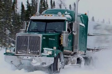 Snow-Road-Truckers-Documentary-Movies